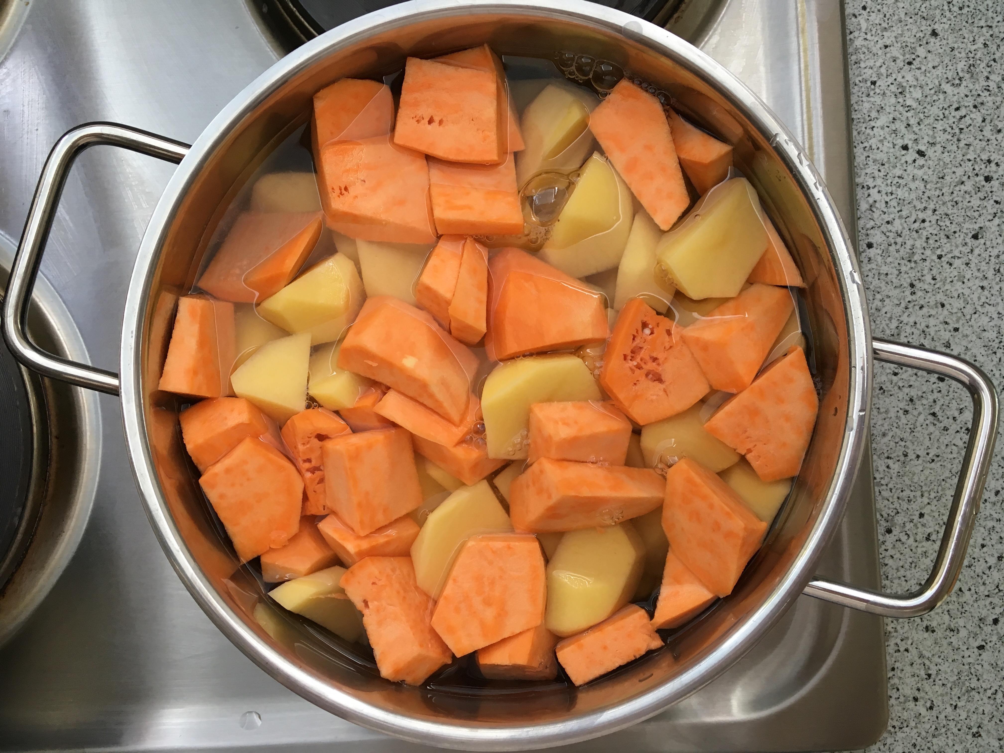 Kartoffeln ansetzen