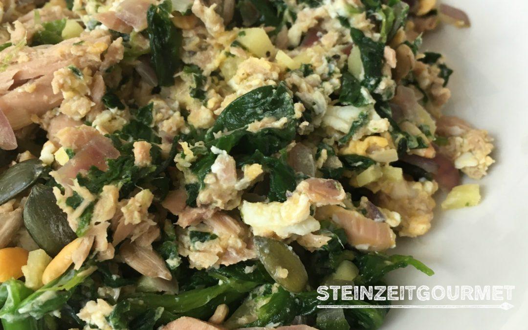Paleo Frühstück: Thunfisch mit Ei, Spinat und Ingwer