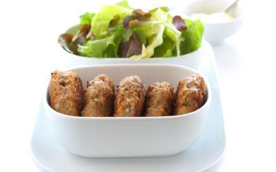 Hackfleischbällchen mit Salat